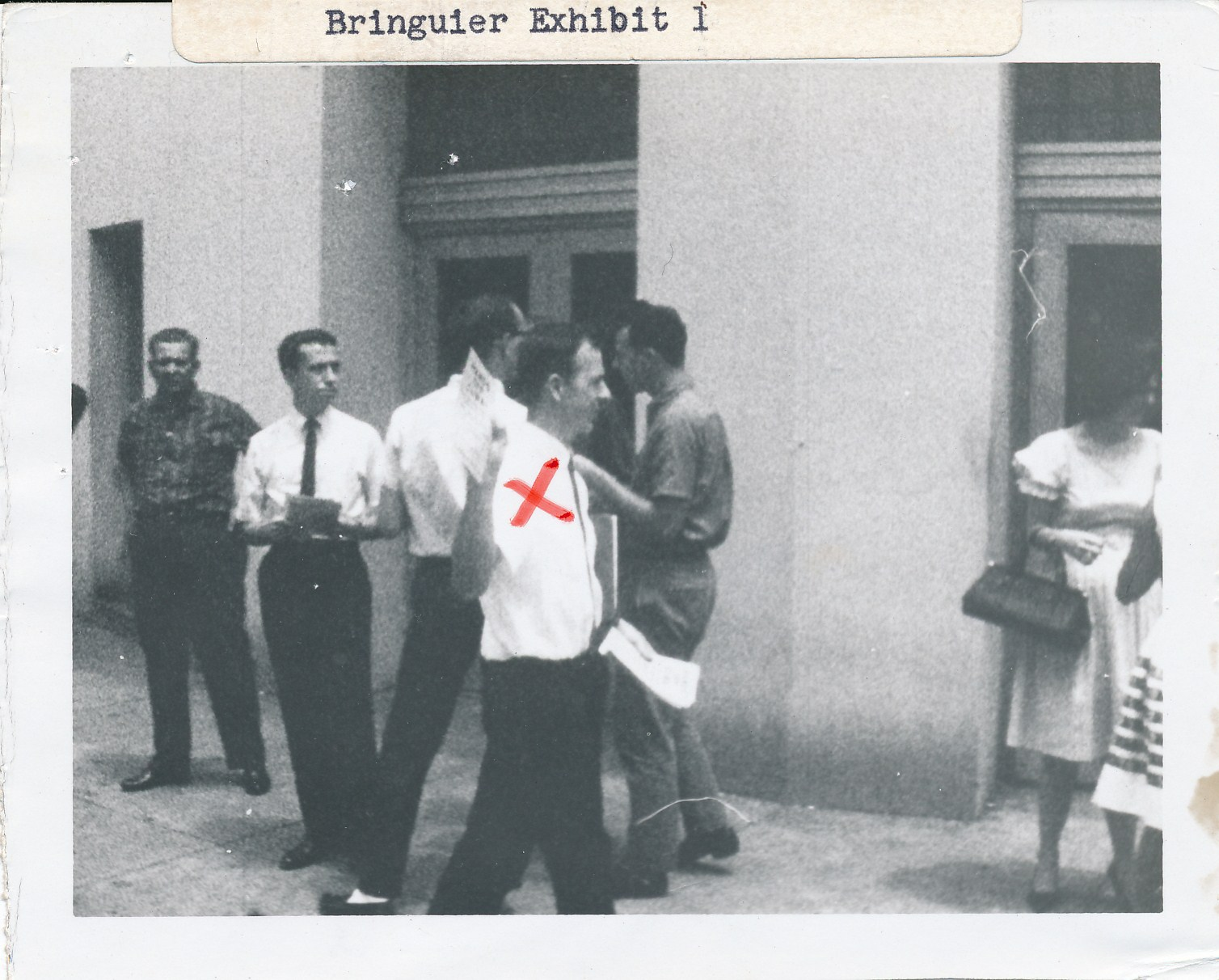 Lee Oswald in New Orleans-ROKC Scan-2